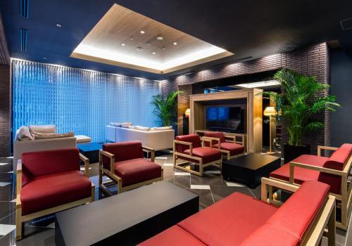 The lounge or bar area at Daiwa Roynet Hotel Kokura Ekimae
