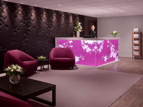 The lobby or reception area at Radisson Blu Hotel, Edinburgh City Centre