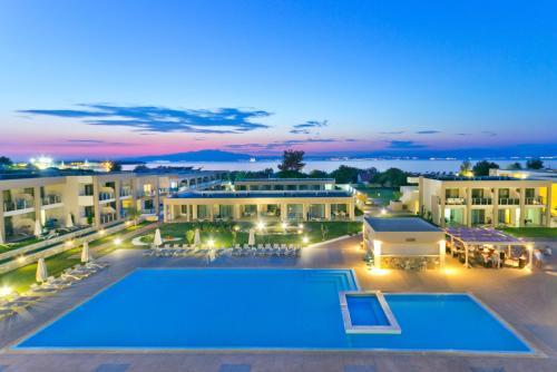 ALEA Hotel  et  Suites