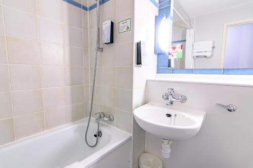 A bathroom at Campanile Manchester