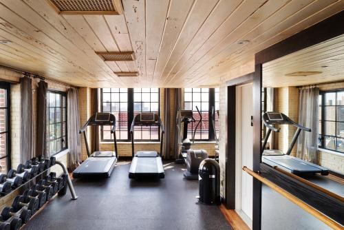 The fitness centre and/or fitness facilities at The Ludlow Hotel