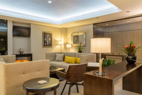 The lobby or reception area at Mansio Suites The Headrow