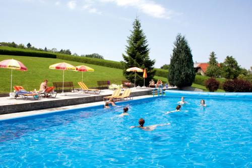 The swimming pool at or near Ferienhotel Hofer superior