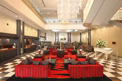 A restaurant or other place to eat at Hotel Mielparque Yokohama