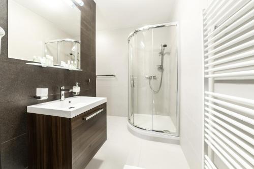 Ein Badezimmer in der Unterkunft Hotel Park