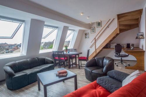 A seating area at Apartment11 Thüringer