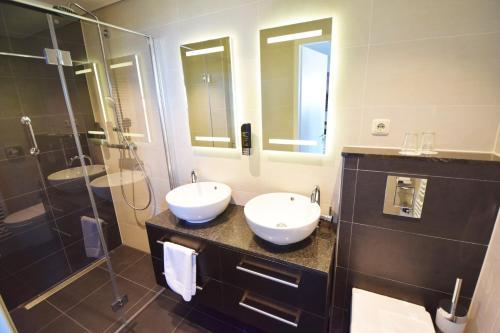 Een badkamer bij Hotel Noordzee