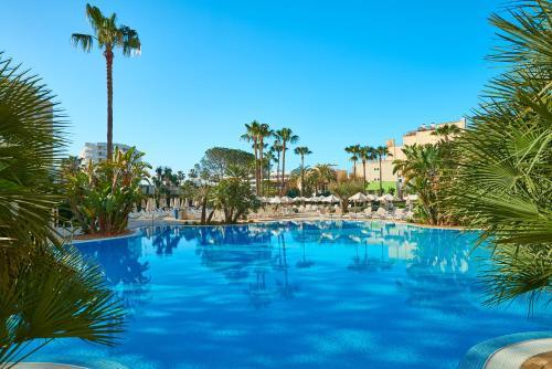 Het zwembad bij of vlak bij Hipotels Said