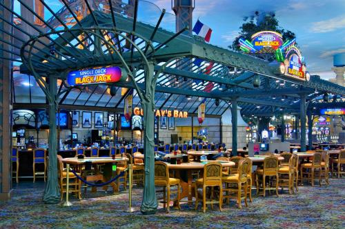 A restaurant or other place to eat at Paris Las Vegas Hotel & Casino