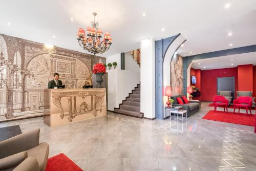 The lobby or reception area at Rossio Garden Hotel