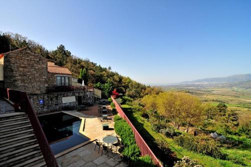 Uma vista da piscina em Pousada de Belmonte ou nas proximidades