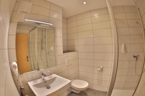 A bathroom at Hotel Stecher