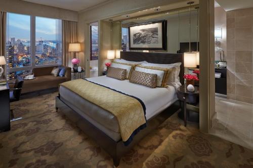 マンダリン オリエンタル ニューヨークにあるベッド