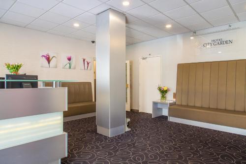 El vestíbulo o zona de recepción de Hotel City Garden Amsterdam