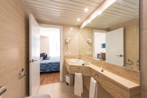 Ένα μπάνιο στο Hotel Best Delta