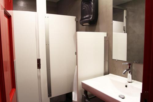 A bathroom at Crates at the Gaythering - Men Only