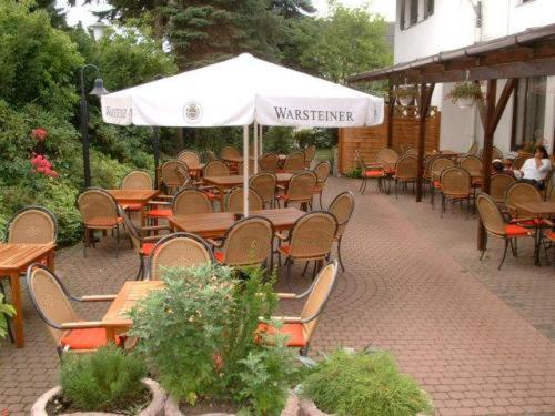 A restaurant or other place to eat at Hotel Schweizer Haus