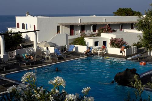 The swimming pool at or near La Sirenetta Park Hotel