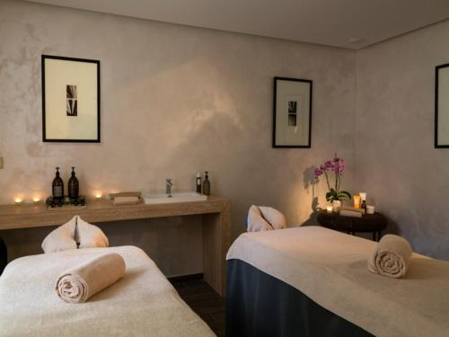 Spa and/or other wellness facilities at Château de Mirambeau - Relais & Châteaux
