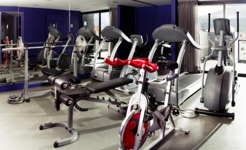The fitness center and/or fitness facilities at Exe Bacata 95