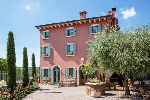 Een patio of ander buitengedeelte van Relais Ca' Maddalena