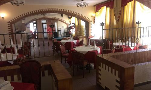 Ресторан / где поесть в Отель Барракуда