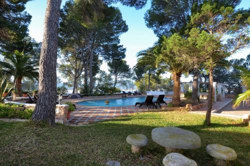 A garden outside Villa Colina Ibiza