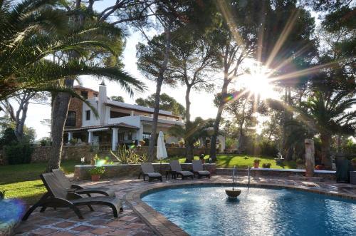 The swimming pool at or near Villa Colina Ibiza