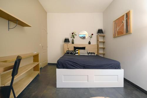 A room at UniqueAppart T4- Hypercentre -Climatisé-3 chambres