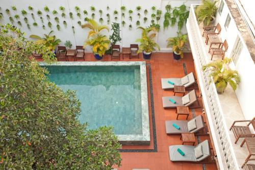 The swimming pool at or near Tea Palace Urban Hotel