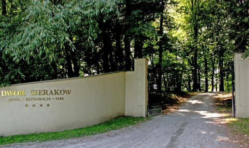 The facade or entrance of Dwór Sieraków