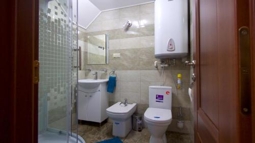 Ванная комната в Razdolie Liubiatino