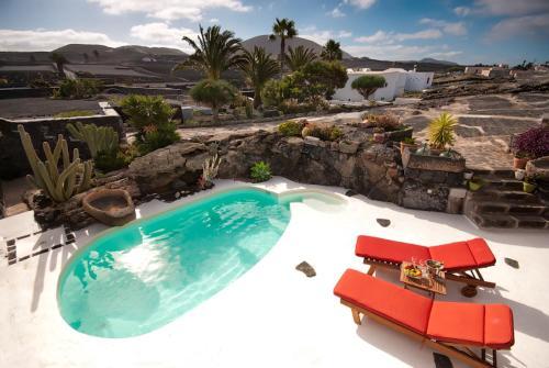 Vista de la piscina de Ecofinca La Buganvilla - Adults Only o alrededores