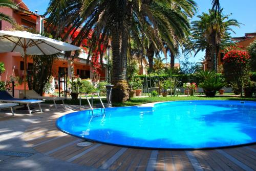 The swimming pool at or near Hotel Elba