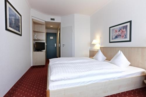 A room at IntercityHotel Schwerin