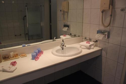 Ванная комната в Egnatia City Hotel & Spa