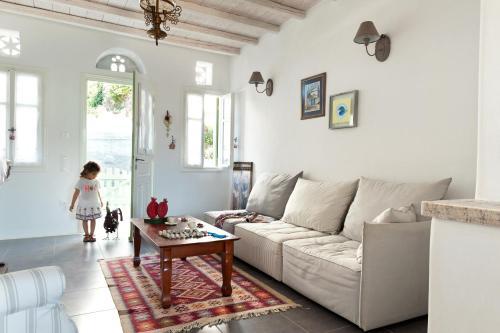 Χώρος καθιστικού στο Skaris Guesthouse Tinos