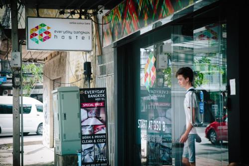 The facade or entrance of Everyday Bangkok Hostel