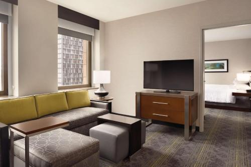 A seating area at Embassy Suites Pittsburgh-Downtown