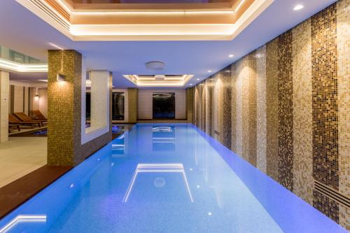 The swimming pool at or near Splendid Conference & Spa Hotel – Adults Only