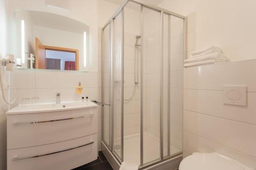 A bathroom at Hotel Meerzeit Binz