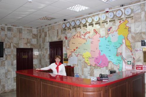 Лобби или стойка регистрации в Гостиница Кузбасс