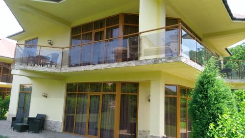 Фасад или вход в Rezidentsia Solntsa - Cottage 3
