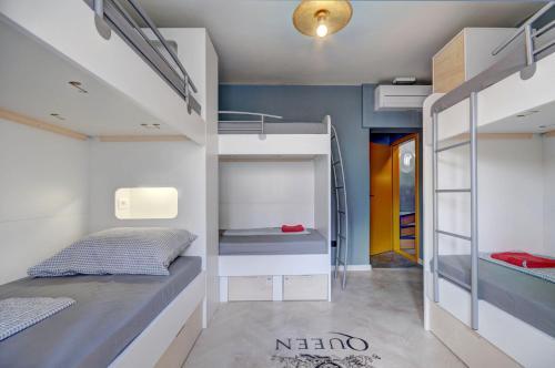 Litera o literas de una habitación en Rock Hostel Pula