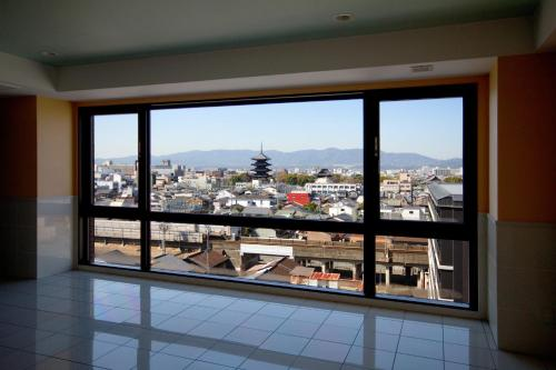 Balkon atau teras di Kyoto Plaza Hotel