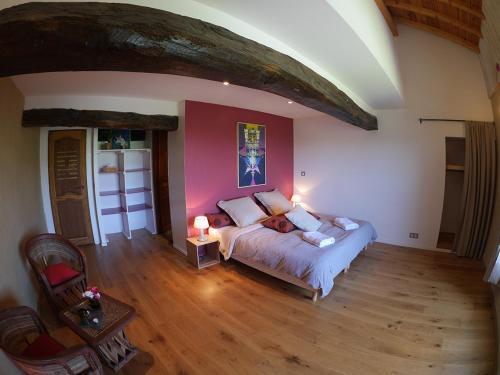 A room at Les Fous du Village