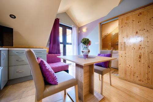 Area soggiorno di Apartments Villa Anka