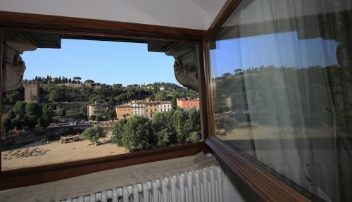 Ein Balkon oder eine Terrasse in der Unterkunft Florence View Apartments