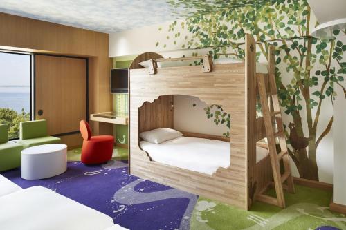 Spa dan/atau pusat kesehatan di Hilton Tokyo Bay