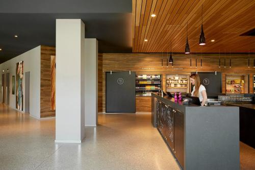 The lobby or reception area at Moxy Munich Airport